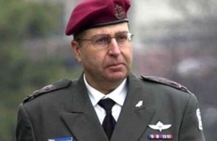 وزیر دفاع اسرائیل:ایران باید میان سلاح اتمی و بقای خود یکی را انتخاب کند