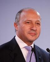 ادعای وزیر خارجه فرانسه درباره دخالت ایران در سوریه