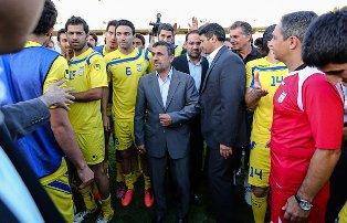 دیدار اعضای تیم ملی فوتبال با رئیس جمهور/ پاداش پنجاه میلیونی و حواله ورود خودرو