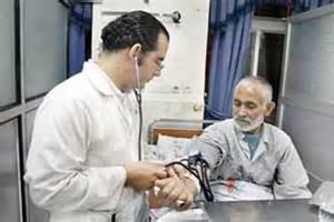 یک متخصص:درآمد پزشکان ایرانی از یک دهم پزشکان کشورهای همسایه کمتر است