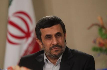 اظهارات احمدینژاد درباره روحانی در گفتگو با راشاتودی؛ او موفق میشود