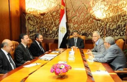 واکنش ریاستجمهوری مصر به بیانیه ارتش/ ارتش: تعیین ضربالاجل 48 ساعته در جهت کودتا نبود