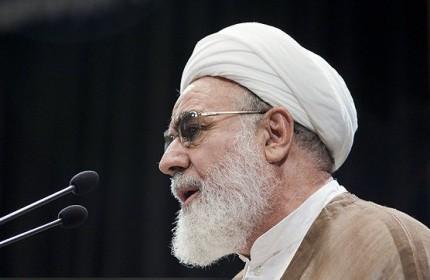 سه درخواست روحانی از مقام معظم رهبری