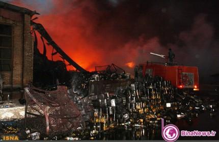 آتش سوزی در کارخانه گلنار+6عکس