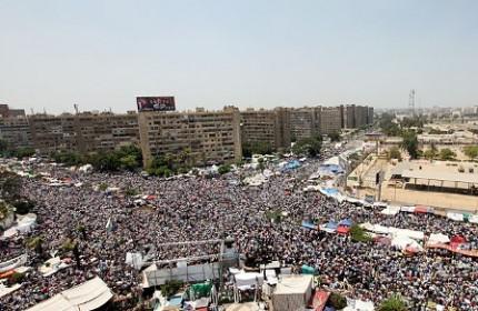 دفاع ارتش مصر از کشتار حامیان مرسی/ حزب النور از مذاکره با دولت کنار کشید