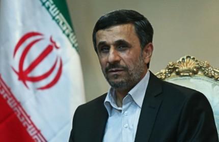 احمدی نژاد: پیشرفت و امنیت منطقه وابسته به همکاری مشترک ایران و عراق است