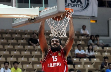 پیروزی مقتدرانه تیم ملی بسکتبال ایران مقابل نماینده آمریکا در جام ویلیام جونز