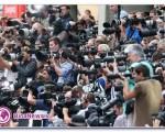 رونمایی از نوه ولیعهد انگلیس در مقابل بیمارستان +۷ عکس
