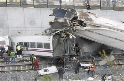 خروج مرگبار قطار از ریل و اعلام سه روز عزای عمومی در اسپانیا + 11 عکس