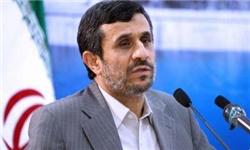 احمدینژاد: هر کجا که باشم در خدمت انقلاب خواهم ماند