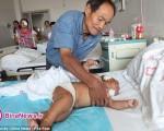 مادری که با ۹۰ ضربه قیچی قصد کشتن نوزاد ۸ ماهه اش را داشت