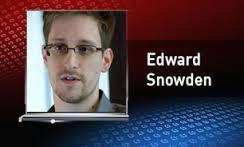 اسنودن از روسیه درخواست پناهندگی کرد