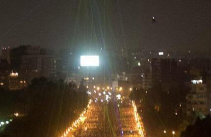 ليزرهاي رنگي,تفريح مردم مصر در شبهاي تظاهرات