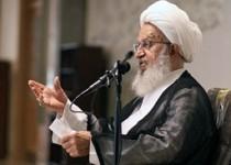 آیتالله مکارم:علمای اسلام با تکیه بر اعتدال توطئه های دشمنان را خنثی کنند