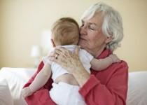 افسردگی، پیامد پرستاری تماموقت مادربزرگها از نوهها