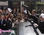 فریاد «روحانی مُچکریم» مردم در استقبال از رییس جمهوری