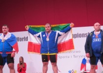 بهادر مولایی نایب قهرمان وزنهبرداری جهان شد