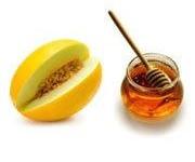 مصرف خربزه همراه با عسل مرگ آور است