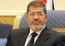 مرسی در دادگاه: من متهم نیستم؛ رئیس جمهور قانونی مصرم