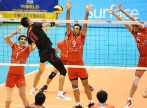 ژاپن به راحتی تسلیم شد / والیبال ایران چهارم جام قارهها