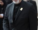 """""""ظریف"""" خادم افتخاری حرم حضرت معصومه (س) شد + تصاویر"""