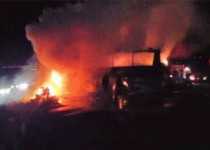 15 کشته و 14 مجروح در تصادف و آتشسوزی 4 خودرو در نایین