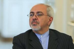 """ظریف: استفاده از گزینه نظامی برای حل بحران سوریه یک """"توهم"""" است"""