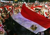 """50 کشته و صدها زخمی در سومین سالگرد انقلاب """"25 ژانویه"""" مصر"""