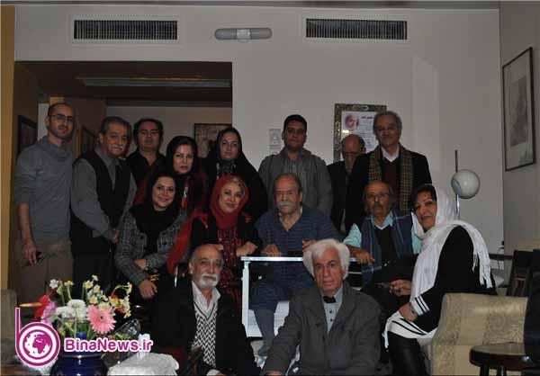 عیادت بازیگران پدرسالار از محمد علی کشاورز