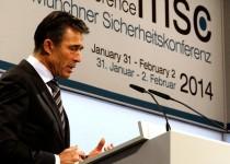 راسموسن: شرط روسیه را برای کاهش تسلیحات اتمی نمیپذیریم