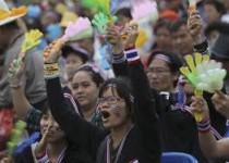 دموکراسی در تایلند، از هم گسیخته!