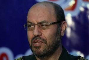 وزیر دفاع: گزینههای روی میز خللی در اراده ملت ایجاد نمیکند