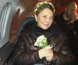 تیموشنکو راهی میدان استقلال کییف شد / یانوکوویچ برکنار شد