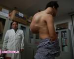 تومور ۱۰ کیلویی از بدن مرد جوان خارج شد+ تصاویر