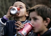 نوشابه موجب کاهش رشد تراکم استخوان در کودکان میشود