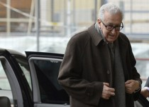 الاخبار لبنان: اخضر الابراهیمی قصد استعفا دارد