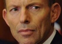 نخست وزیر استرالیا: دو قطعه هواپیمای ناپدیدشده مالزی پیدا شد