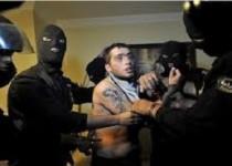 متوقف کردن سارقان با کلاشینکف/دختر جوان مورد اصابت گلوله قرار گرفت