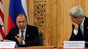 """جان کری مسکو را به """"دامنزدن به بیثباتی"""" در شرق اوکراین متهم کرد"""