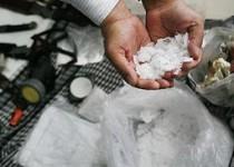 کشف یک کیلو و 800 گرم شیشه در شاهرود