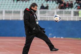 اولیورا: فوتبال ایران لیگ جالبی دارد!/ فردا روز هیجانانگیزی است