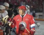 گل کاشتن پوتین روی یخ!