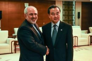 ظریف تداوم حمایت چین از فعالیتهای هستهای ایران را خواستار شد