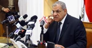 دولت مصر استعفای خود را تقدیم کرد/ سیسی دولت را ابقا کرد