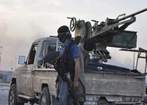 ادامه درگیریها در تلعفر/تکذیب خبر تسلط داعش بر گذرگاههای مرزی عراق