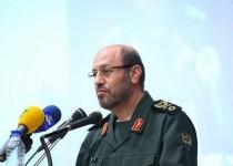 وزیر دفاع: داعش و حامیانش به عنوان جنایتکاران جنگی مجازات شوند