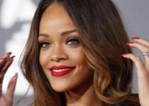 ریحانا خواننده مشهور با مشورت دروگبا میخواهد لیورپول را بخرد