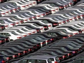 تنها راه حل مشکلات صنعت خودروی ایران