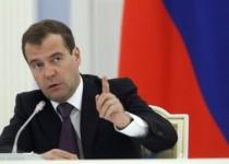 مدودف: تحریمهای غرب سنجش قدرت روسیه است
