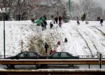 انسداد سه محور مهم کشور در پی بارش برف